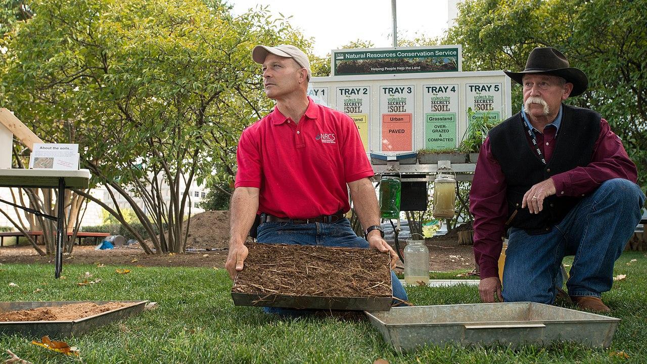 File:The Bundled Benefits of Soil Health 34 jpg - Wikimedia