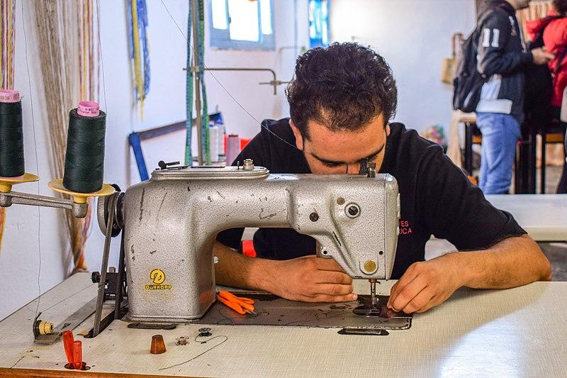 custom made clothes vs ready made clothes