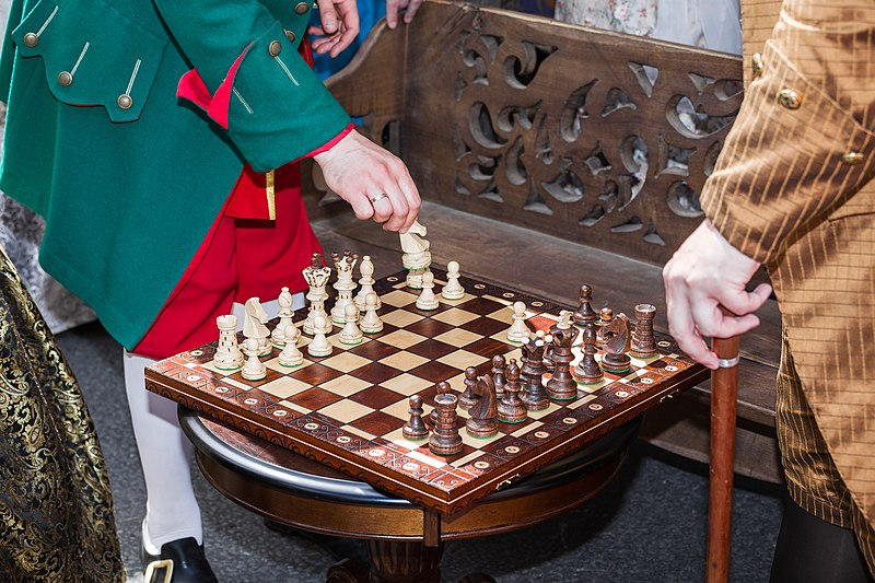 File:Times-and-epochs-2017-chess-5506.jpg