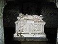 Tombeau de Pierre l'ermite à Huy.jpg