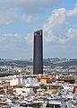 Torre Sevilla desde Giralda.jpg