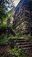 Trappa som förbinder Danvikshem med naturområdet Engelska parken nedanför.jpg
