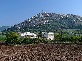 Trevi, Umbria - Image: Trevi z 20