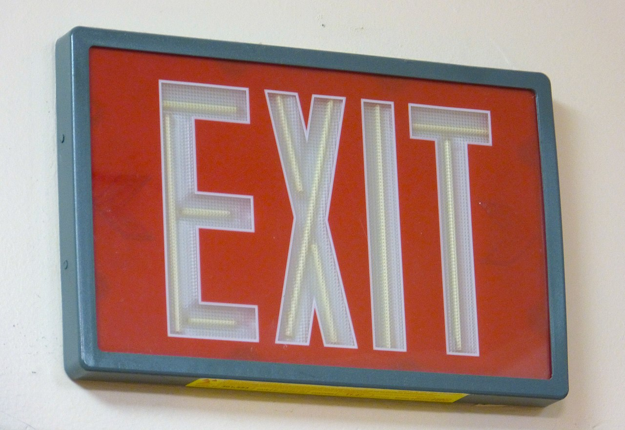 Filetritium Exit Signg Wikimedia Commons