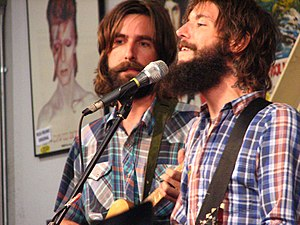 Band of Horses - Ramsey and Bridwell in vocal and sartorial harmony at Amoeba Records, 10 October 2007