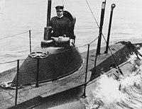 USS Plunger - NH 85735 - cropped.jpg