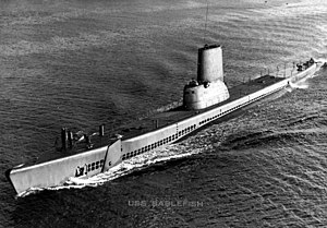 """Sablefish (SS-303) post-1951, with a look at the """"bubble"""" on the lower part of her conning tower."""