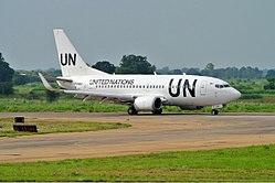 United Nations (UTair) Boeing 737-500-1.jpg