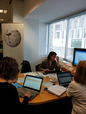 UofE Innovative Learning Week 2015 editathon 009.jpg