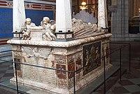 Uppsala Cathedral - Grave of Gustavus Vasa 1.jpg