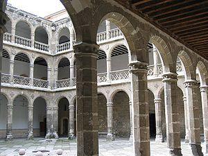 Palacio de Santa Cruz - Inner colonnades of the palace