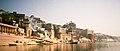 Varanasi ghats (6025372737).jpg