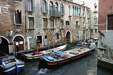 Venice - Water tansport 05.jpg