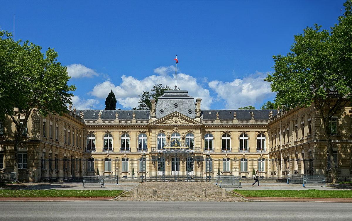 Chateau Hotel Ile De France