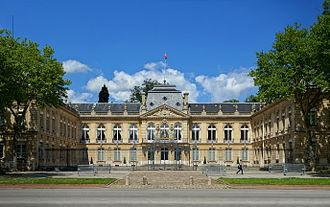 Yvelines - Image: Versailles prefecture yvelines