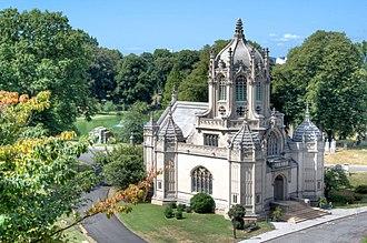 Green-Wood Cemetery - Green-Wood Chapel, built in 1911 and designed by Warren and Wetmore was designated a NYC Landmark in 2016.
