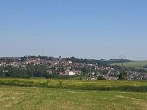 Vue sur la ville de Montmirail, Marne, France.jpg
