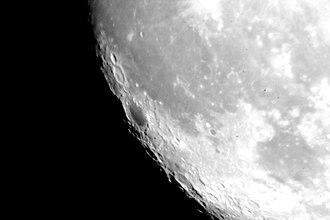2,147,483,647 - Image: Waldo Jaquith Dark Edge of the Moon (by sa)