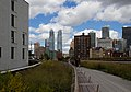 Walking the High Line (6218057417).jpg