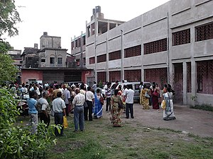 West Bengal Joint Entrance Examination - Guardians are waiting before the Sibpur Hindu Girls' School, Howrah, where the WBJEE is taking place.