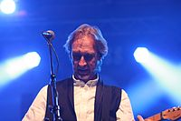 Wiesbaden Stadtfest 2013 Mike+The Mechanics Mike Rutherford 1.JPG