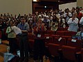 Wikimania 2008 - Closing Ceremony - Florence ovation - 2.jpg