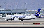 XA-UNY Magnicharters Boeing 737-322 (cn 24455-1752) (13095319874).jpg