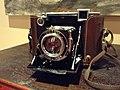 ZEISS IKON - Super Ikonta B 532-16, Compur Rapid shutter, lens Carl ZEISS Jena , Tessar 1-2,8 f=8 cm, 1937 (17026815098).jpg