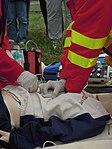 ZZS MSK, záchranáři, kardiopulmonální resuscitace a endotracheální intubace (09).jpg