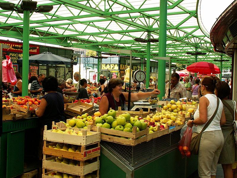 File:Zeleni Venac Market.jpg