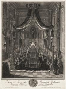 Maria Josephas Katafalk in der katholischen Hofkirche zu Dresden (Quelle: Wikimedia)