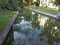 Által-ér. Water reflections. - Bartók street, Tata, Hungary.JPG