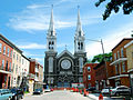 Église St-Charles (vue de la 5e rue).jpg