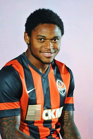 2013–14 Ukrainian Premier League - Adriano in 2013