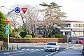 多摩市桜ケ丘にある東京都で唯一の環状交差点(ラウンドアバウト)160319.JPG