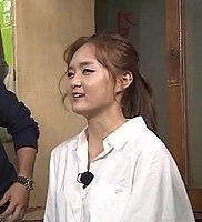 팝핀여제 민정 vs 숨겨진 팝핀 고수 재훈 댄스배틀 (식신로드 Gourmet Road) 252회 (주민정).jpg