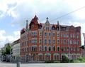 021 listed 1903 corner house at Waisenstraße.png