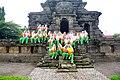 028 Schoolchildren, Candi Singosari (39521274385).jpg