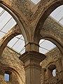 039 Església vella de Sant Pere (Corbera d'Ebre), pilar de la nau.jpg