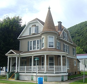Renovo, Pennsylvania - A house on Huron Avenue (PA 120), Renovo's main thoroughfare