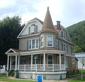 Renovo, Pennsylvania - A house on Huron Avenue (PA 120), Renovo's main thoroughfare