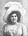1910-06-09, Nuevo Mundo, Carmen Andrés, Calvache (cropped).jpg