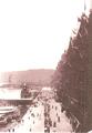 1919年的第二代中環天星碼頭,圖中可見人力車等客的情形.PNG