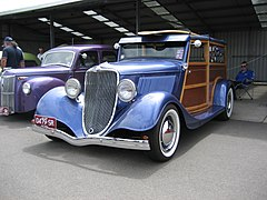 1933 Ford Model B Woody Wagon.jpg