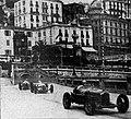 1936-04-13 Grand Prix de Monaco au virage du quai de plaisance - ordre Sommer, Caracciola et Rosemeyer.jpg