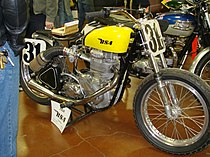 DB34GS Gold Star Flat Tracker uit 1956