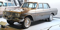 1963 Toyopet Crown 01.jpg