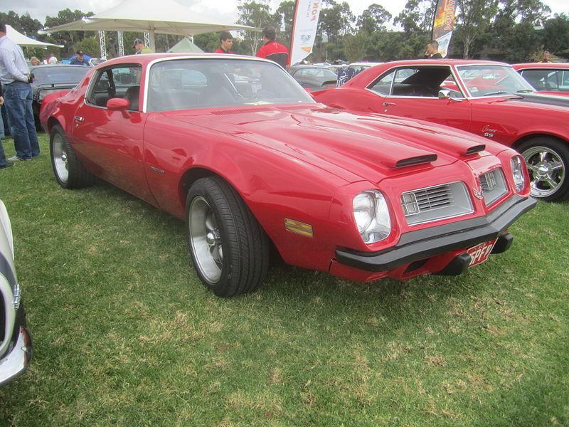 File:1975 Pontiac Firebird Formula 400.jpg