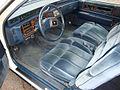 1986 Cadillac Coupe Deville interier.jpg