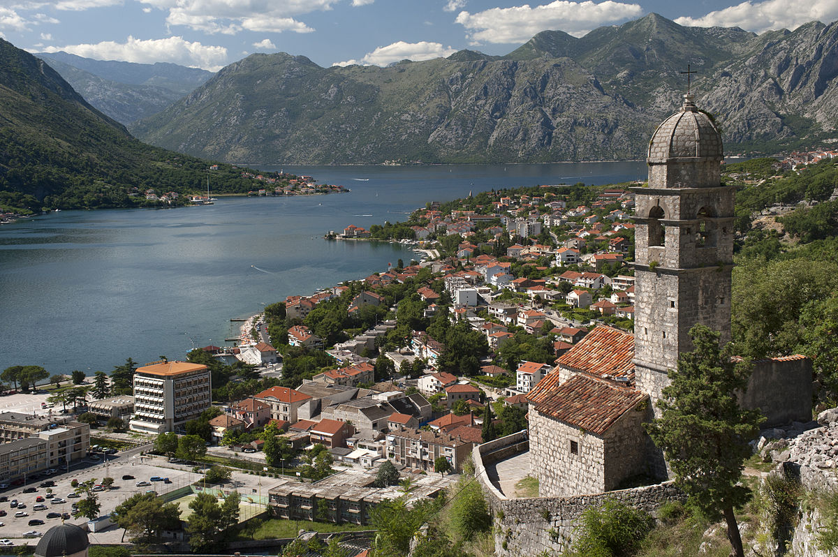 20090719 Crkva Gospa od Zdravlja Kotor Bay Montenegro.jpg